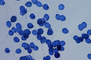 blue balloons dream