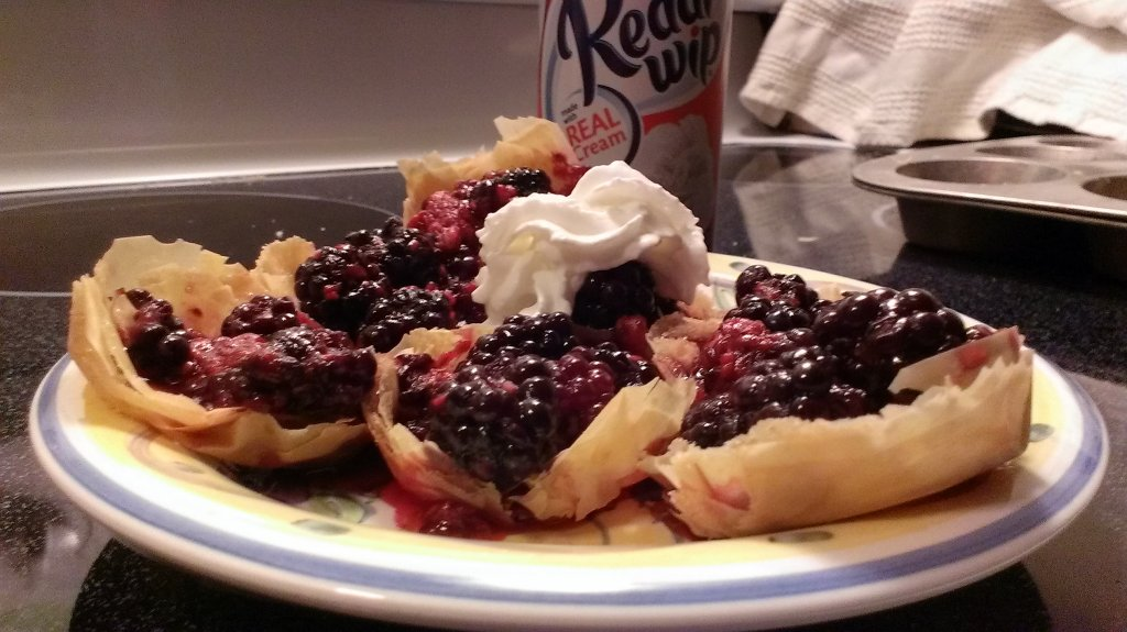 easy berry phyllo tarts recipe